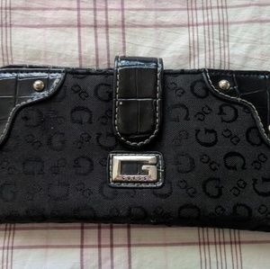 Black Leather-Like Patterned Wallet